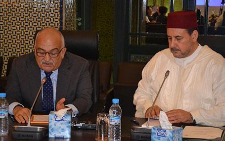 """د. أحمد عبادي: """"معجم الأديان"""" يعتبر جسرًا متفاعلا بين مختلف النظم الاعتقادية في عالم اليوم"""